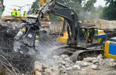 Wyburzanie fabryk i towarzyszącej infrastruktury