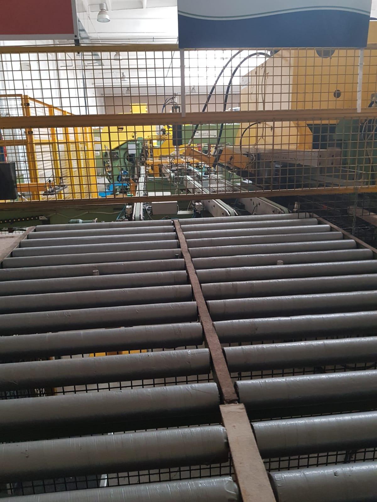 Linia do produkcji drzwiczek z blachy